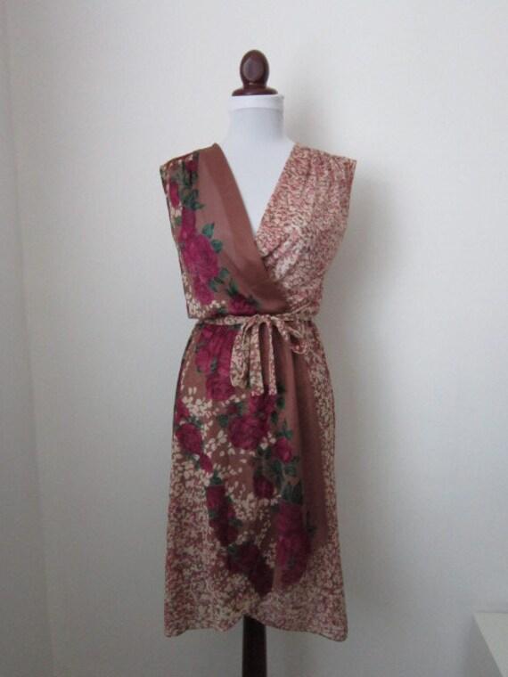 1970's Vintage Floral-Wrap Bodice Dress