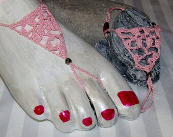 Barefoot Sandals - Pink crocheted foot jewelry with pink beading and heart toe charm.