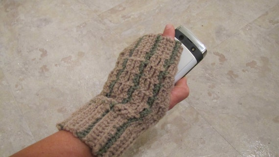 """Crochet Pattern for Fingerless and Thumbless """"Texting Mitts"""""""