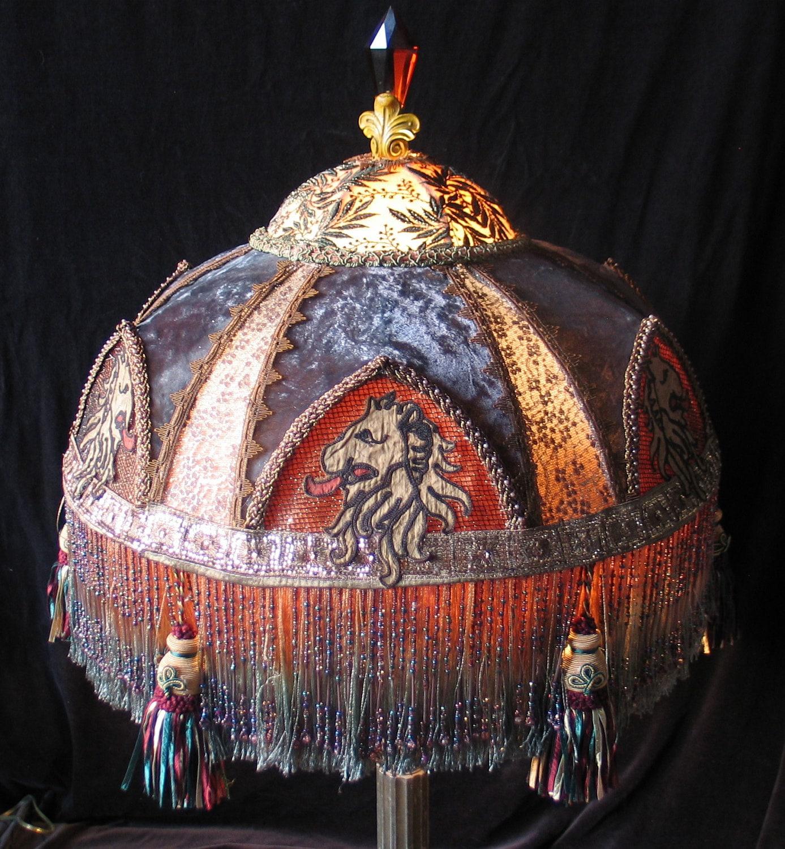 Large Victorian Renaissance Lion Medieval Fantasy Asland