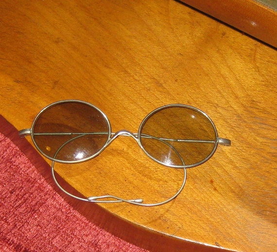 Vintage Oval Wire White Metal Sunglasses with Flexible Wire Arms, 1900-1920