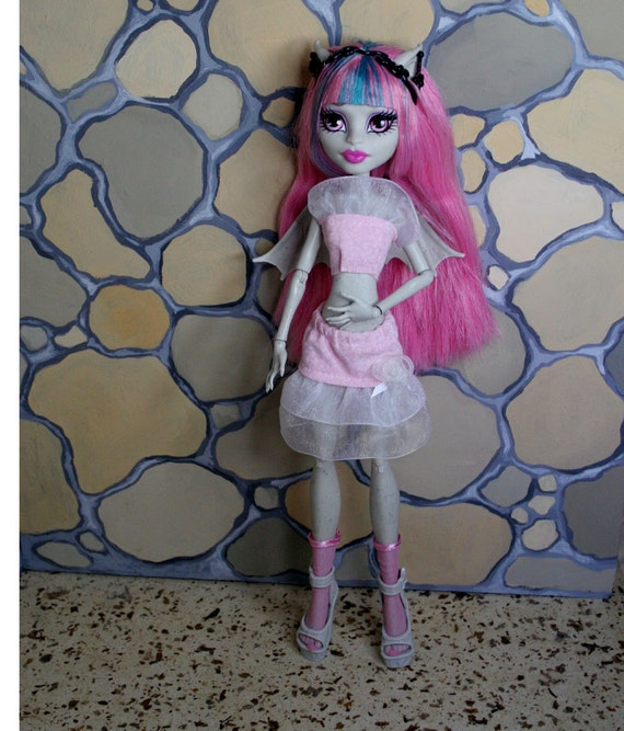 SALE Monster High Outfit