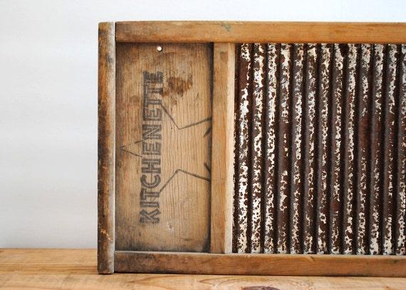 Vintage Washing Board by Kitchenette