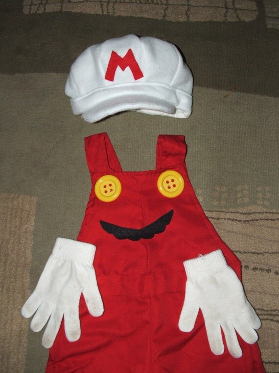 SuPeR  FiRe  Mario bros.  costume  on Sz  4 to 12 years