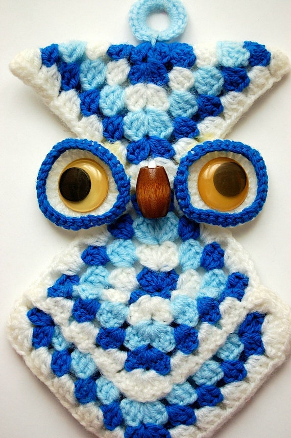 Crochet Wall Hanging : Vintage Crochet Owl Wall Hanging 70s by ViviennesAttic on Etsy