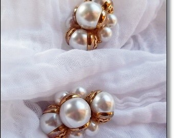 Vintage Earrings : So  Liz Taylor,  2 Pairs, Retro Glam Earrings Pairs