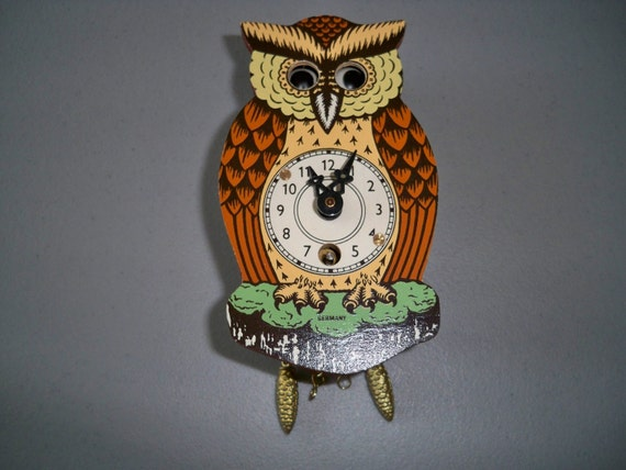 Vintage German Novelty Owl Clock With Moving Eyes This Item