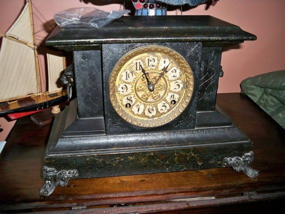 Antique Victorian E.Ingraham Mantle Clock Circa 1890's - More Than 100 Years Old