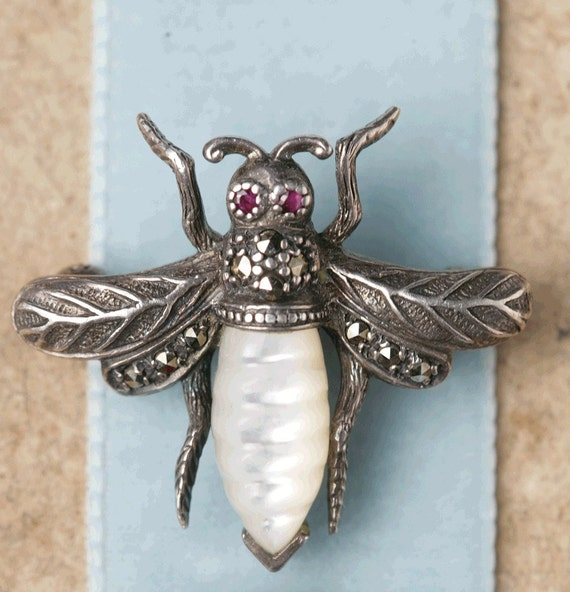 Antique French bee brooch.