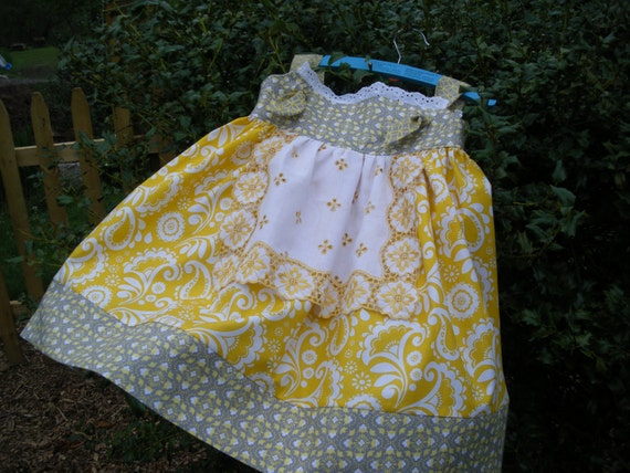 Reserverd for Laura girls apron knot dress yellow and gray, available to order 2,3t