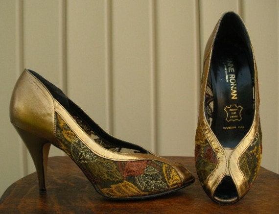 Vintage 60s shoes Jeanne Ronan gold leather brocade by ...