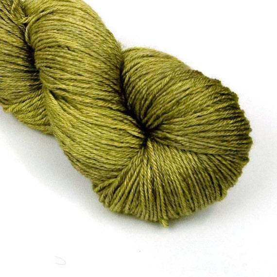 BFL Silk Fingering Yarn in Snake in the Grass