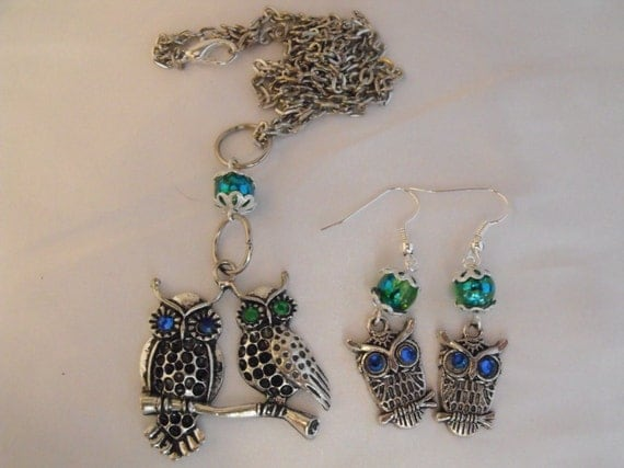 Owl Necklace and Earring Set Emerald Green and Blue Rhinestone Eyes Womens Gift Fashion