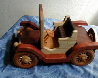 1918 Buick Runabout Handcrafted wooden