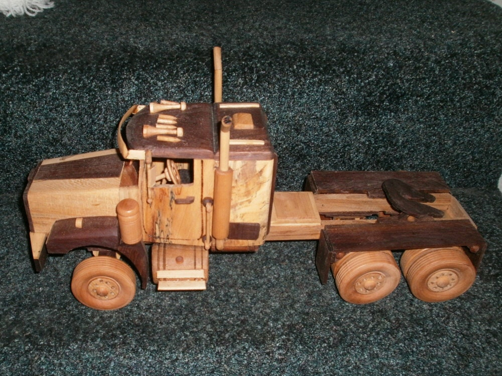 331188804998 additionally 200993691160 further Free wooden toy plans in addition Hs Model Farm Sheds besides 261960848959. on handmade model tractors