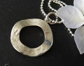 QQice'' 925 Sterling Silver-Hammered Hoop-Necklace
