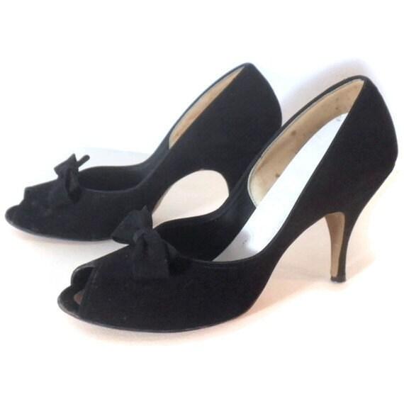 1950's Vintage Black STYLEPRIDE Peep-Toe Stilleto High Heels, Sz 7.5 N