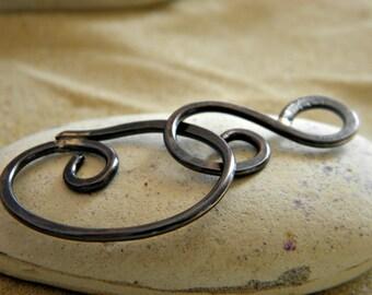 Gunmetal Swirl Clasp in Copper