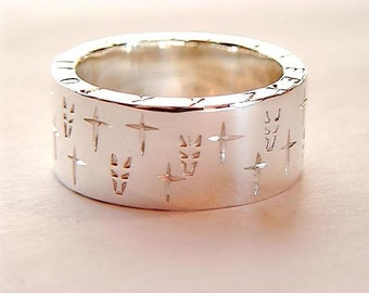 Personalised Chunky Sterling 925 Silver Ring with Jackal Heads and Crosses Carved into the Band