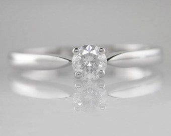 Diamond Engagement Ring Brilliant Round Cut 0.30ct F Colour SI1  Clarity 18k  White Gold