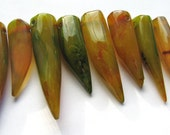 1 Focal Bead, Pretty Forest Green, Olive Green Agate Large Smooth Chunky Horn Focal Bead - approx. 36-45 mm Long