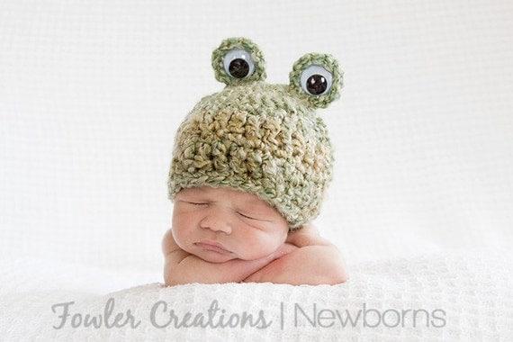Baby Frog Hat - Newborn