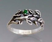 Branches Ring with Emerald, Ruby or Sapphire Cabochon