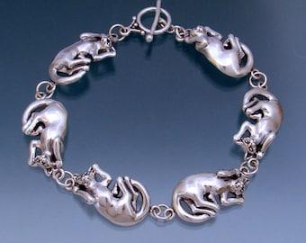 Playful Cat Link Bracelet