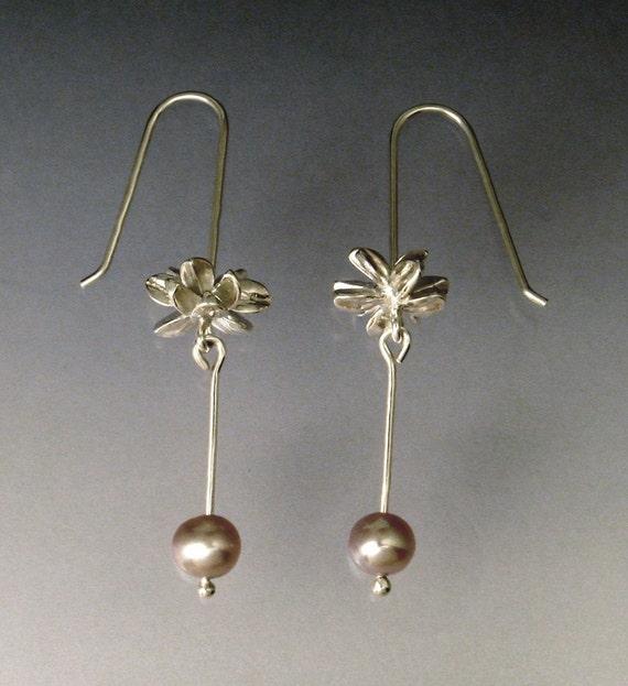 Space Flower Pearl Earrings