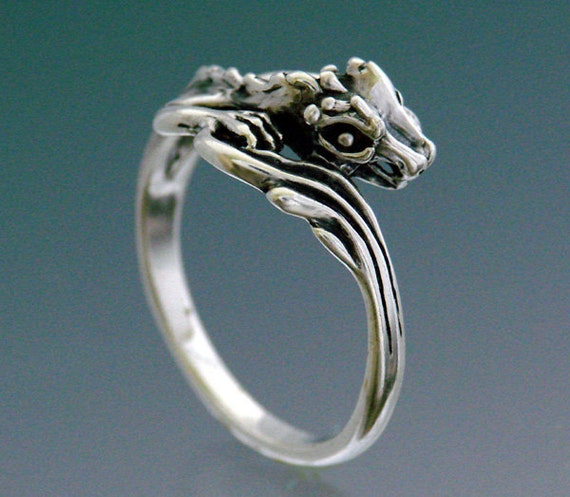 Single Dragon Ring Size 4.5 to 9