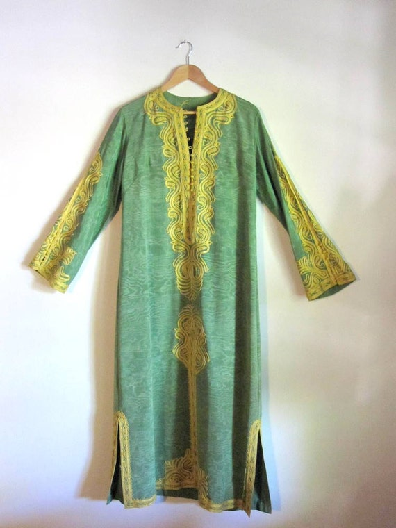 Exquisite Vintage Embroidered Moroccan Kaftan