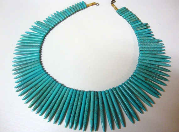 Turquoise spike spear tribal howlite necklace