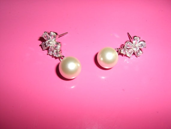 Wedding Earrings, Pearl Wedding Earrings, Crystal Pearl Wedding Earrings, Bridal Crystal Earrings