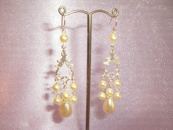 Wedding Earrings, Bridal Earrings, Pearl Wedding Earrings, Bridal Pearl Crystal Earrings, 925 Sterling Silver, Ivory Pearls