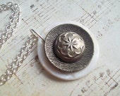 Button Necklace in Shell & Silver