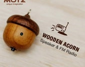 Tiny Wooden Speaker (Bulid-in FM Radio) for iPod and MP3 Player (100% Made in Handicraft)