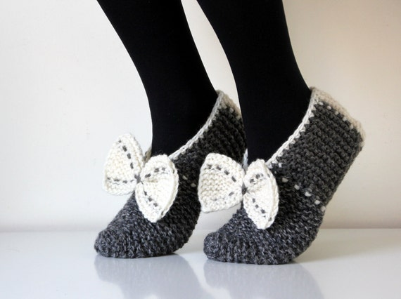 Beautiful hand knit wool slippers, RESERVED  listing