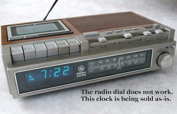 digital clock radio cassette ge general by lauraslastditch on etsy. Black Bedroom Furniture Sets. Home Design Ideas