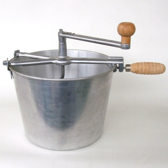 Hand Crank Mixer ~ Hand crank dough kneader bread maker back to basics