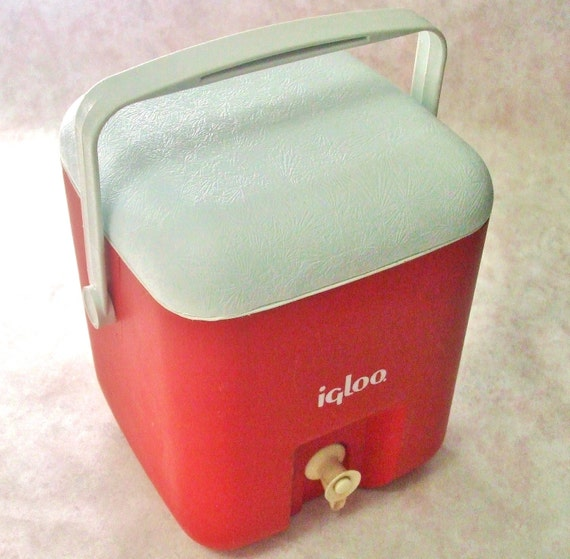 Square Igloo Water Jug Beverage Cube Cooler 1 Gallon Vintage 1980s