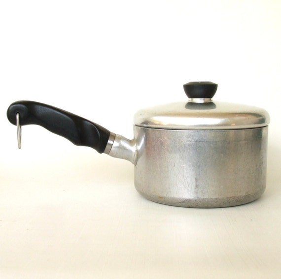 Wearever Sauce Pan 761 1/2 Thick Aluminum Cookware 1.5 qt Vintage