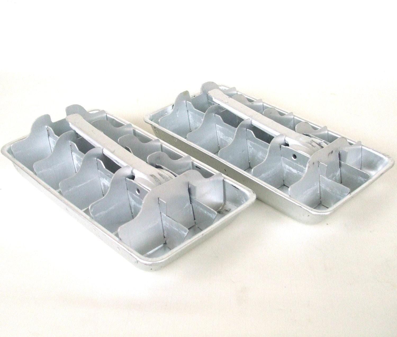 2 aluminum ice cube trays small bpa free. Black Bedroom Furniture Sets. Home Design Ideas