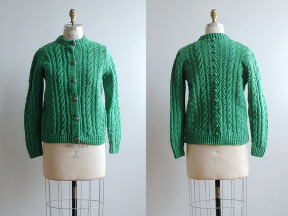 1960s Kelly Green Cable Sweater / Cozy Wool Handknit Cardigan
