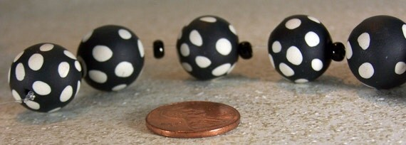 Black and White Polka Dot Round Polymer Clay Beads