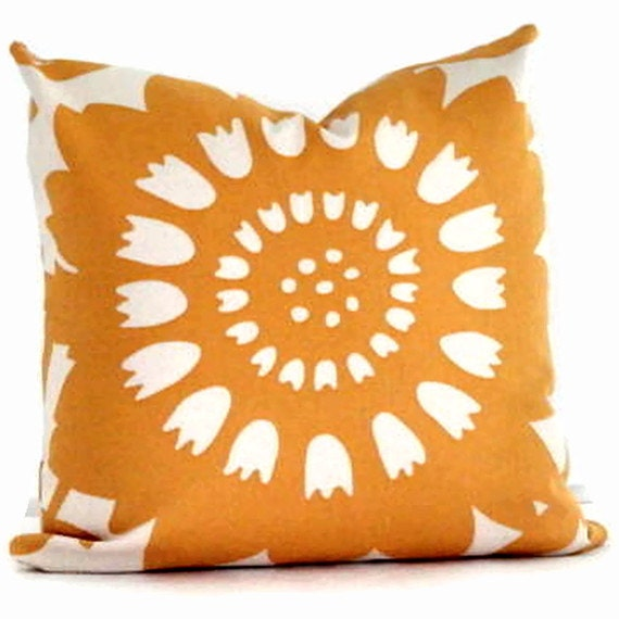 SALE Duralee Yellow Sunflower Decorative Pillow Cover 18x18, 20x20 or 22x22, Accent Pillow, Throw Pillow
