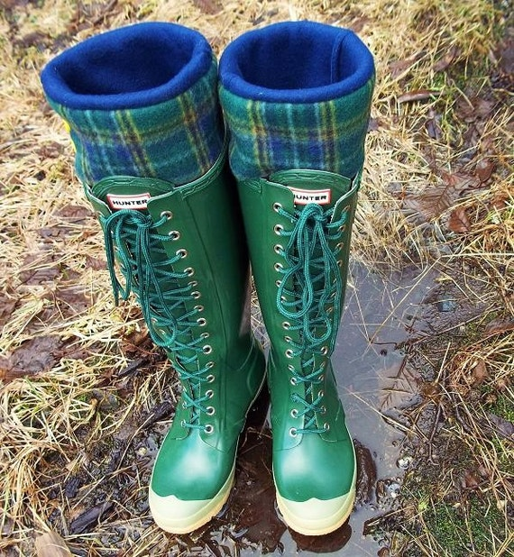 SLUGS Fleece Rain Boot Wellington Liners in Navy with a Plaid Pattern Cuff, Rustic Fashion, Gardening Style (Med/Lg 9-11 Boot)