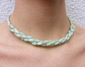 Beautiful Vintage Pale Green Glass Beads Necklace