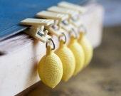 Heavy Lemons - Table cloth Happy Holders - Set of 4
