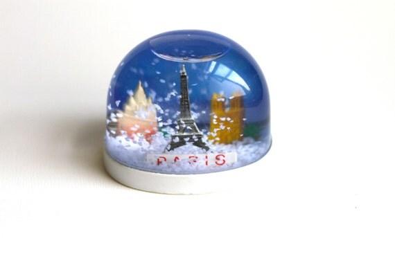 Vintage Snow Globe - Souvenir Snowing in Paris