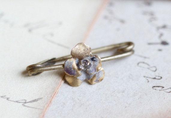 Tiny Weenie Victorian Brass Collar Brooch - Scarf Pin